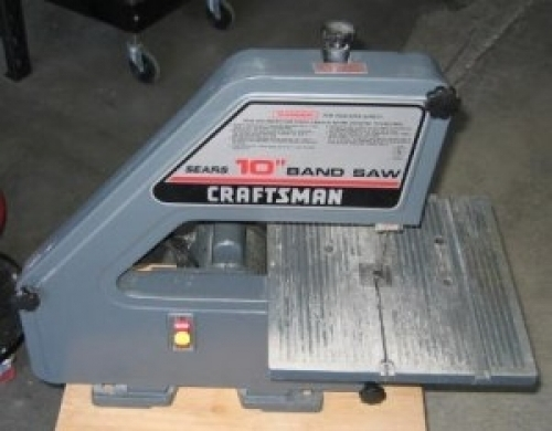 Oct 25, · Lowe's to offer former Sears brand Craftsman tools in second half of Stanley Black & Decker will begin selling Craftsman tools at Lowe's stores, expanding the tool brand's reach beyond Sears.